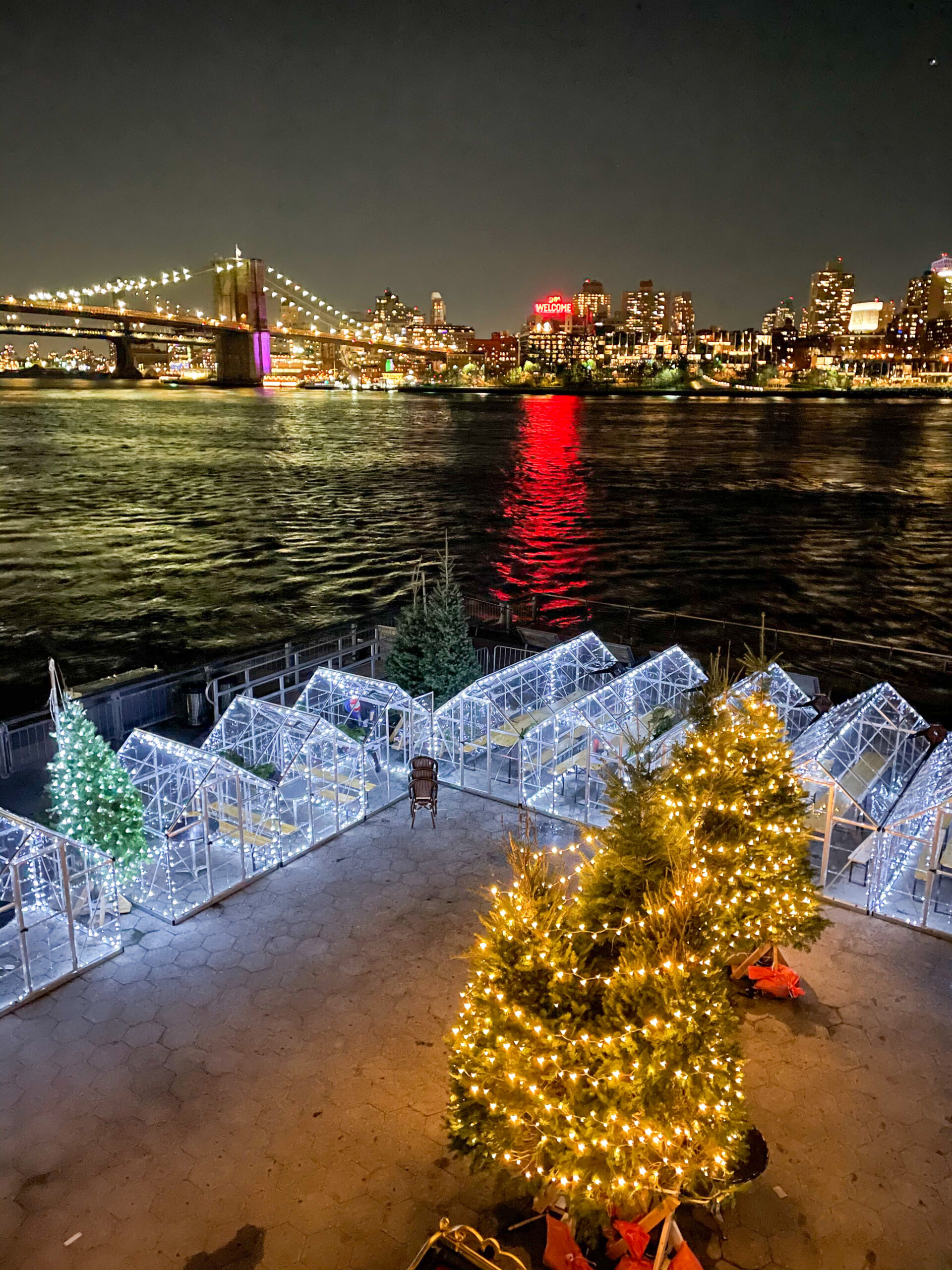 Natale a New York, Pier 15